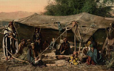 Descendentes de Issacar; Descendentes de Benjamim; Descendentes de Manassés; Descendentes de Efraim; Descendentes de Aser; Descendentes de Benjamim;